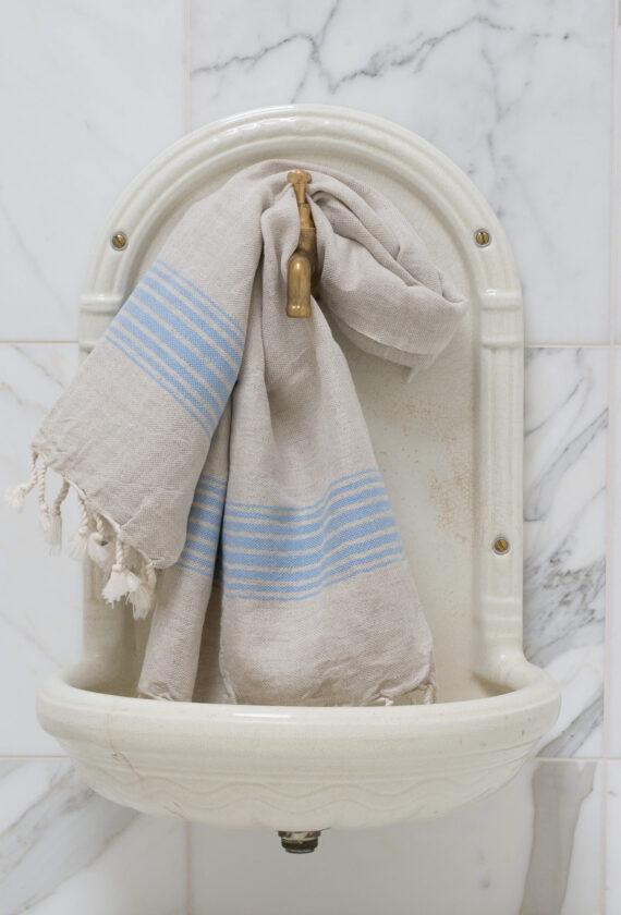 Siniste triipudega linane vannirätik