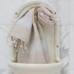 Helesiniste triipudega linane vannirätik