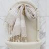 Valgete triipudega linane vannirätik 1
