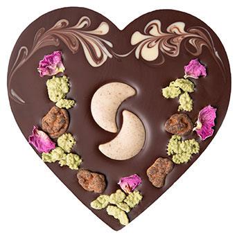 Vegan šokolaadisüda sarapuupähkli tükikestega