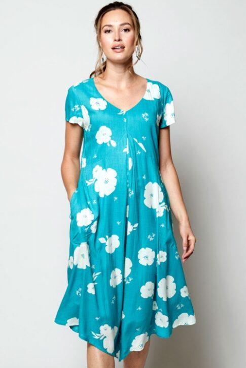 Asümmeetrilise alläärega kleit