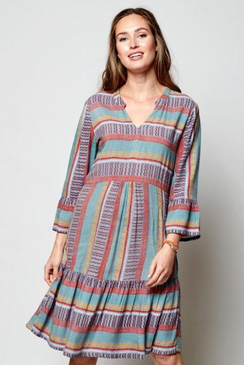 Kolmveerand varrukatega kleit-tuunika